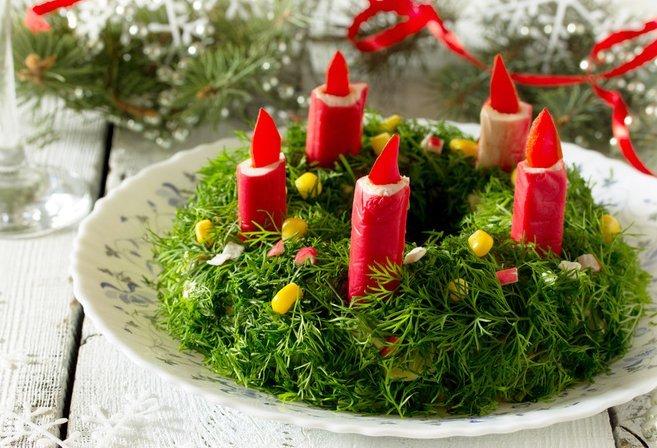 Простые и вкусные салаты на Новый Год Петуха 2017